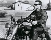 Arnold Schwarzenegger 0002
