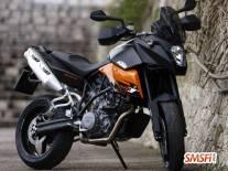 KTM 900