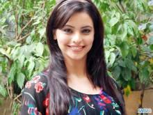 Aamna-Sharif-009