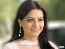 Aamna-Sharif-010