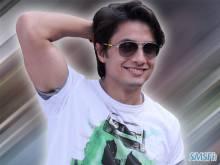 Ali Zafar 008