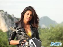 Priyanka-Chopra-005