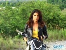 Priyanka-Chopra-001