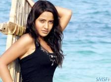 Neha Sharma 007