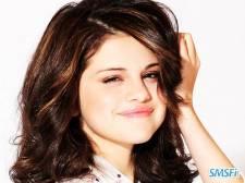 Selena-Gomez-009