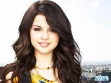 Selena-Gomez-002