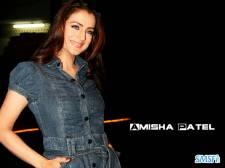 Amisha-Patel-011