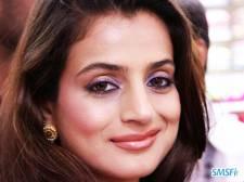 Amisha-Patel-005