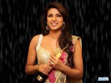 Priyanka-Chopra-016