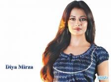 Dia-Mirza-006